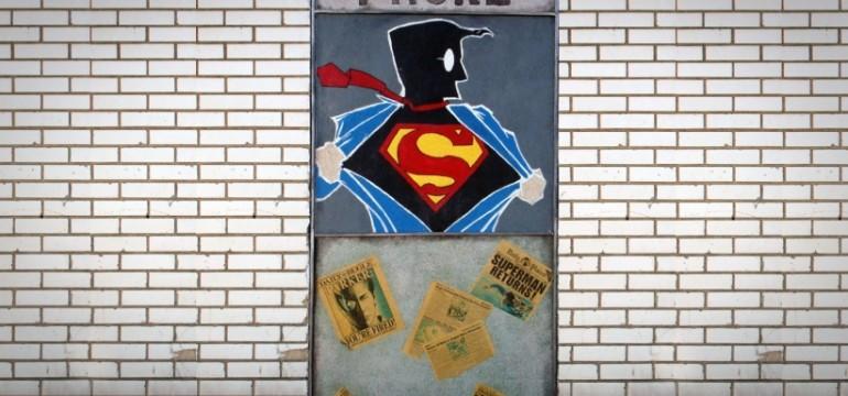 20150616173947-superman-art-change-transform-superhero-graf-street-art